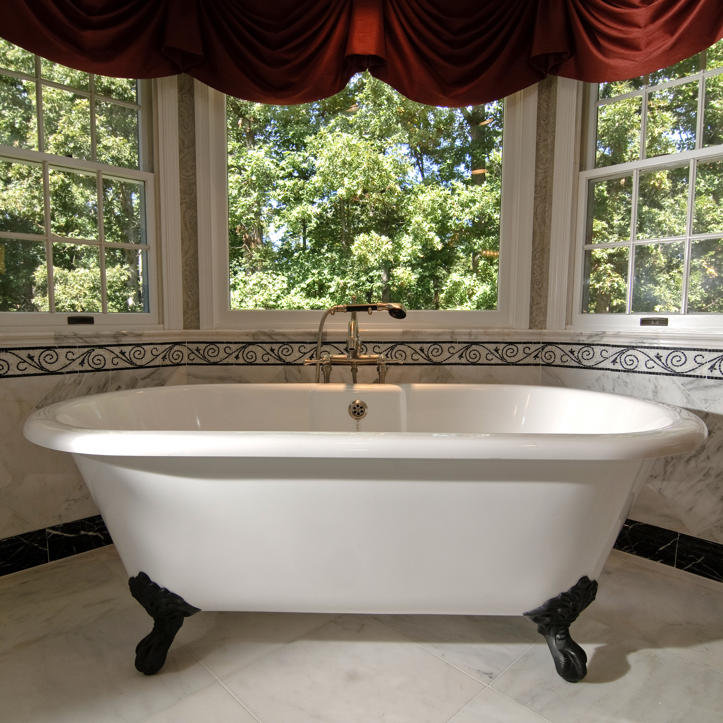 northern-virgina-kitchen-remodel-bath-tub